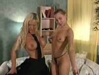 2 sluts make each other cum,ipad,tablet,